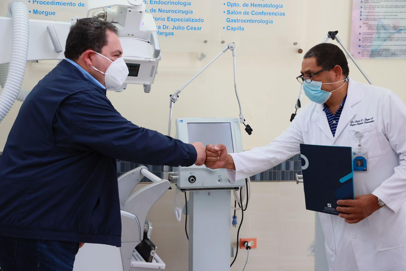 El SNS entrega tres modernos equipos al Hospital Gautier